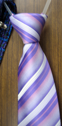 ネクタイ 締め方 結び方 巻き方 縛り方 ワンタッチネクタイ 薄紫