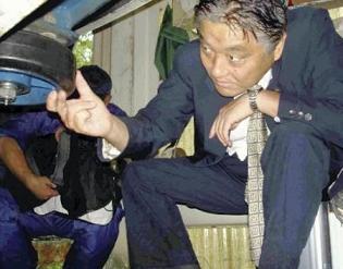 河村たかし 名古屋市長のネクタイ