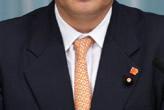 ネクタイ 締め方 結び方 巻き方 縛り方 オレンジ色のネクタイ