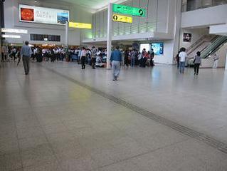 伊丹空港ANA側ロビー