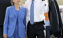 大統領のネクタイの結び方 演説のネクタイの締め方 青色のネクタイ