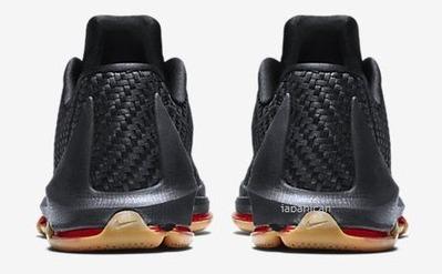 Nike-Air-Foamposite-Pro-Mens-Shoe-806393_001_F_PREM