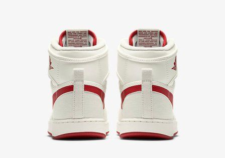 Air-Jordan-1-KO-High-OG-Mens-Shoe-638471_102_F_PREM
