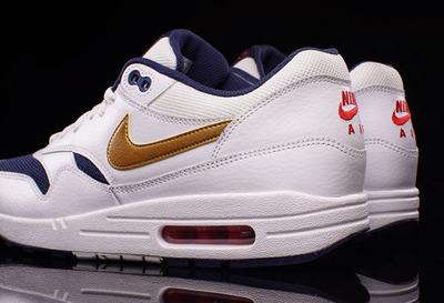 Nike-Air-Max-1-Olympic-3
