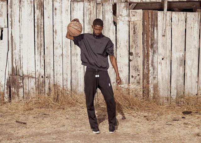Nike-x-Fear-of-God-7_rectangle_1600