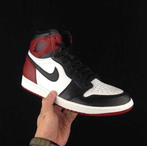 fragment-design-x-air-jordan-1-black-toe