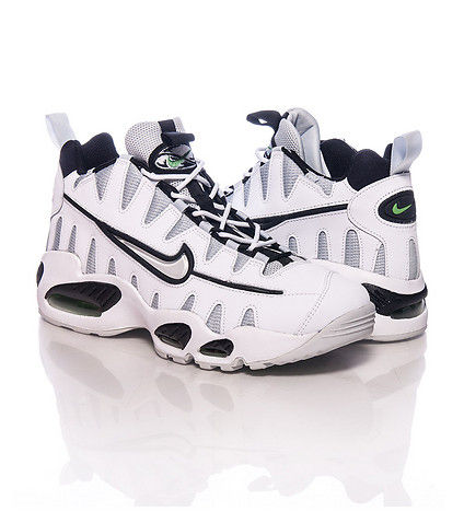 429749100_white_nike_air_max_nm_sneaker_lp4