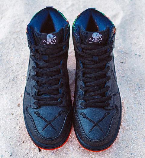 SPoT-x-Nike-SB-Dunk-High-Gasparilla-2