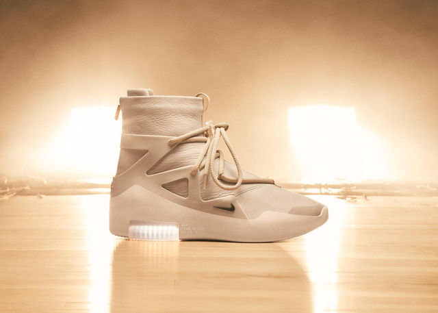 Nike-x-Fear-of-God-15_rectangle_1600