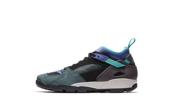 AR0479-003_Nike_Air_Revaderchi_Black_Clear_Jade_a_16