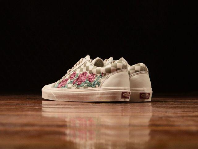 販売店追加: Vans Old Skool DX  Rose Embroidery   VN0A38G3QF9 ... f7b2d2eba