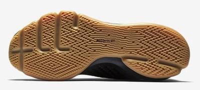 Nike-Air-Foamposite-Pro-Mens-Shoe-806393_001_B_PREM