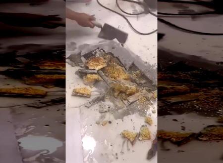 【中国】改装工事で床を剥がしたら中からまさかの物が発見される。なんでだよwww