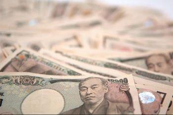 安倍首相「妻がパートで働き始めたら月収25万円」  庶民の給与をわかっていないと批判殺到
