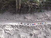 大人の子供遊び。230メートルのコースを作って大理石玉を転がしてみた。高低差40メートル。