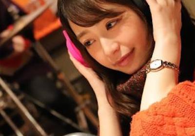 【画像】宇垣美里アナ、エチエチニットで乳を強調してしまうwwwwwwwwwww