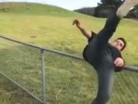 どれかマスターしたい。フェンスをクールに越えるいくつかの方法。