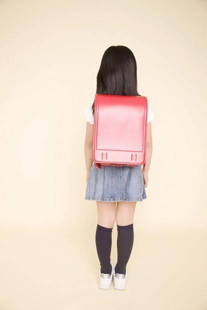 【速報】女子小学生のおしゃれ事情wwwwwwwww