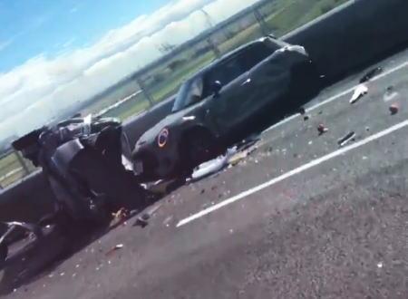 伊勢湾岸で起きた車7台が絡む多重事故。その事故直後を撮影していた映像がアップされる。