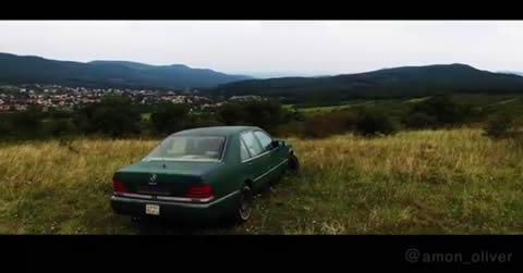 メルセデス・ベンツ・W140でオフロード走行してみた