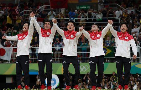 フランスの体操選手が金メダルの日本体操選手を「小さなピカチュウたち」とたとえ炎上