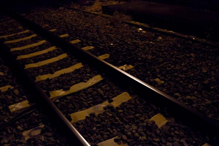 ついさっきまで駅に誰もいなかったんだぜ?