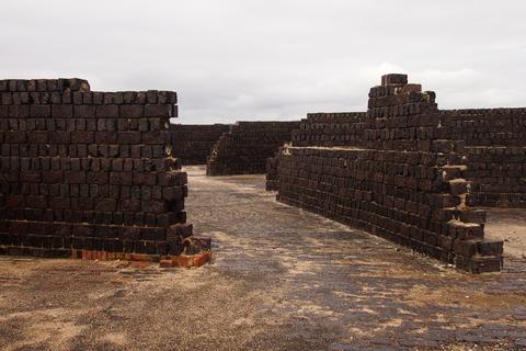 カラミ煉瓦