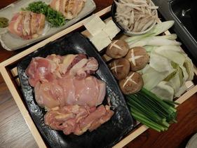 鶏すきのお肉は110日肥育のはかた地どり