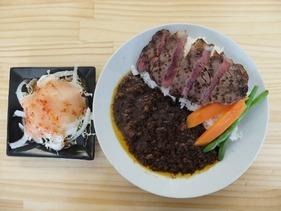 柳川黄金博多和牛カレーステーキのせ
