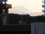 あるときのベランダからの富士山