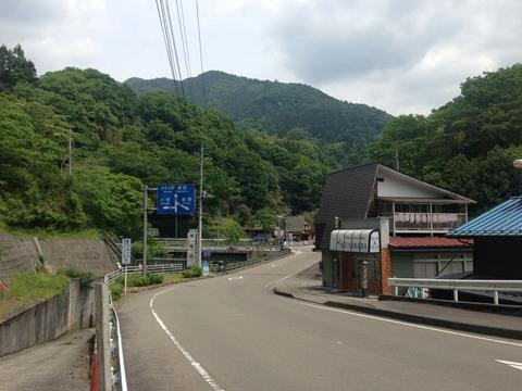 奥多摩から大菩薩初鹿野線、笹子峠を越えて富士吉田と道志みち