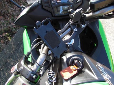 iPhone5 バイク(サイクル)用ハンドルマウント その後