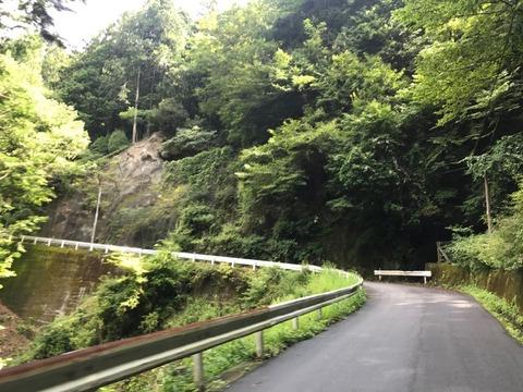 県道426号は県道1号に比べて大人しめの道