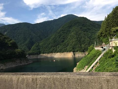 秩父湖の本日の貯水率は30%ほど