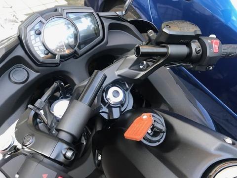 Ninja650 2017年モデル ナビマウントステー