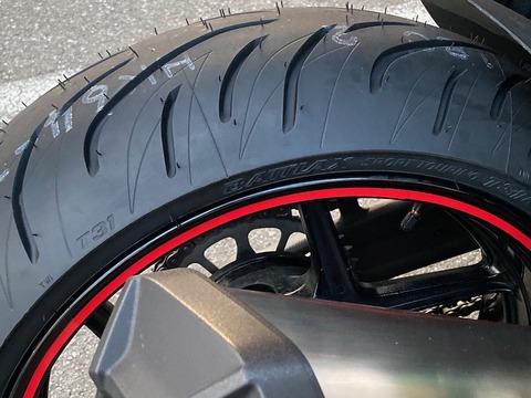 Bridgestone S22(OEM)からT31へのリプレース
