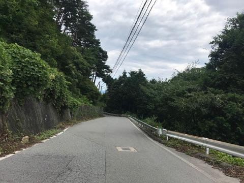 山を登って下って、最後に松川ダムの脇を通る