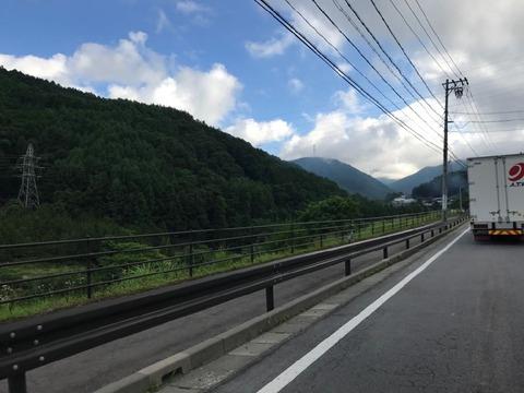 岡谷からは142号で和田峠に登って、ビーナスラインへ