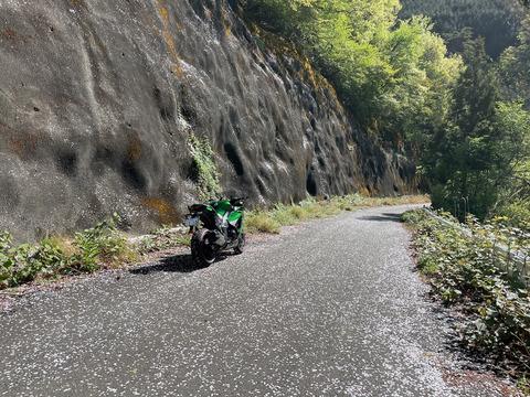 榛名山を一周して御荷鉾スーパー林道東側区間へ