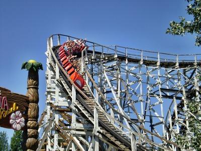 rollercoaster-1073494_1920
