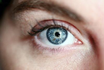 eye-3805227_1920