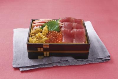 宮城県産生めばち鮪と岩手県産うにの北海丼
