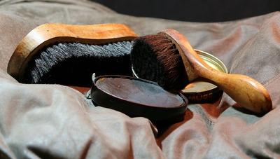 shoeshine-72477_1920
