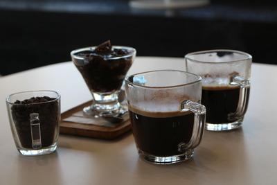 写真2:コーヒーとコーヒーゼリー