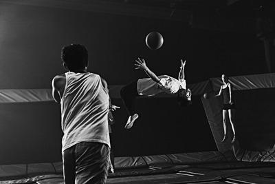 black-and-white-black-and-white-dodgeball-1739321