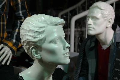 mannequins-235769_1920