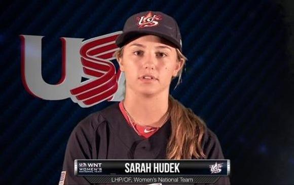 Sarah-Hudek-Female-pitcher-earns-college-baseball-scholarship