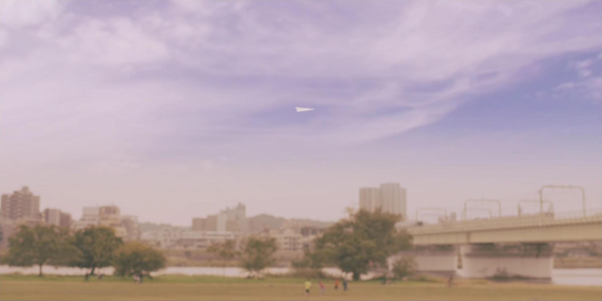 紙飛行機を飛ばす場所は狛江市 ...