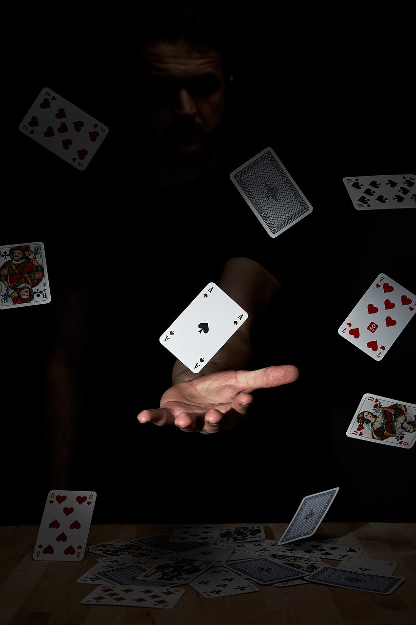 playing-cards-4074478_1280