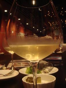 ワインバル エスペルト ゴルヴィア グラス